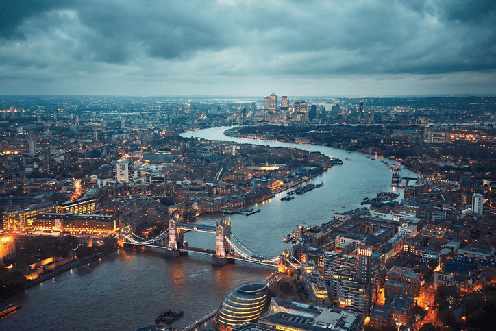 London - explore the Big City (overnight stay). London is an extra option, so it will cost a bit more and includes an overnight stay with one of our host families in Ramstage or Stratford